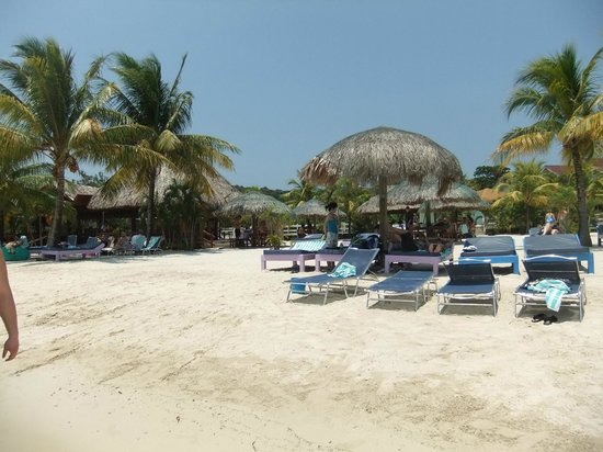 Roatan Pirates Bay