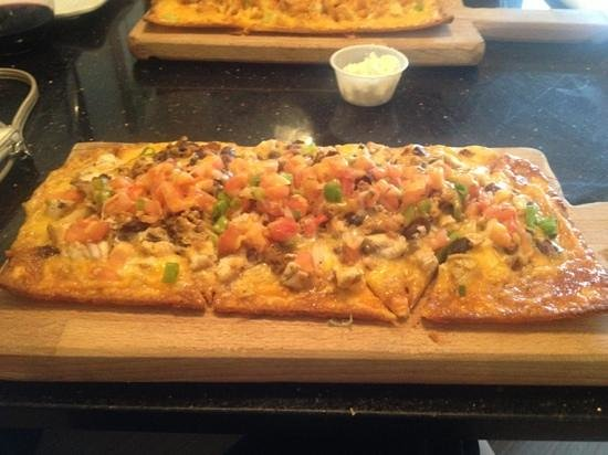 Sun Tower Hotel & Suites on the beach: Santa Fe flatbread