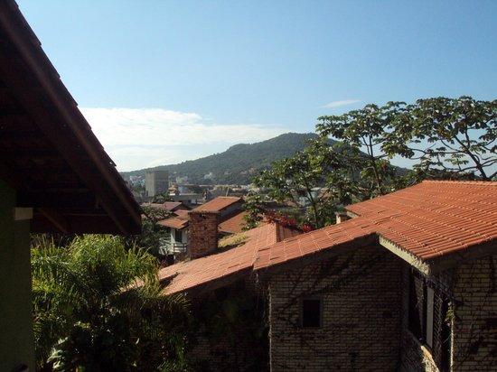 Pousada Vila do Bosque: Vista da janela do quarto.