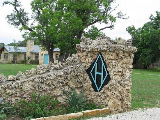 Diamond H Bed & Breakfast : Property Entrance