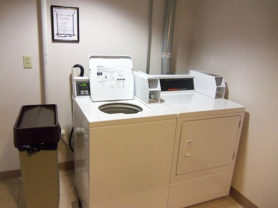 Microtel Inn & Suites by Wyndham Mason/Kings Island: Washer & Dryer