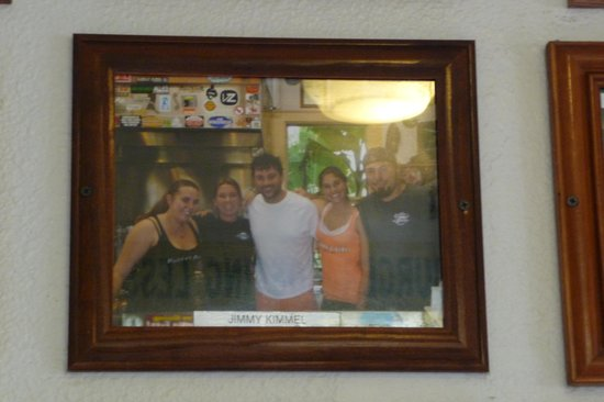 Bubba's: Jimmy Kimmel looks good all scruffy, lol