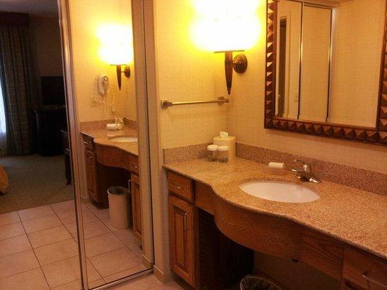 Homewood Suites Hagerstown: Bathroom