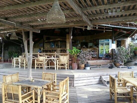 Bamboo Hut: restaurant area