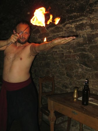 Stredoveka Krcma (Medieval Tavern) : Fire Eater