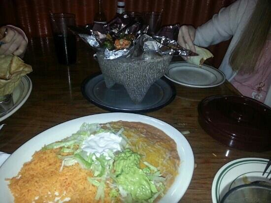 Brody's Mexican Restaurant : Still cooking at our table!