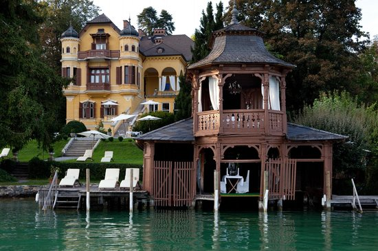 Schlossvilla Miralago: Villa & historic Boathouse