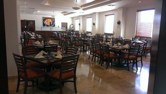 Hotel Aeropuerto Los Cabos: restaurant