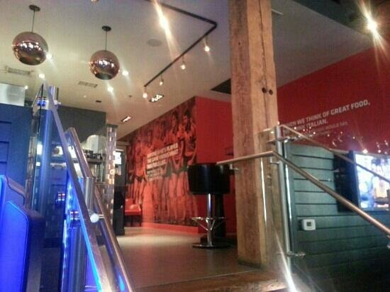 Red Card Sport Bar and Eatery: upper level