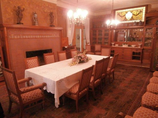 Black Point Estate : Dining Room