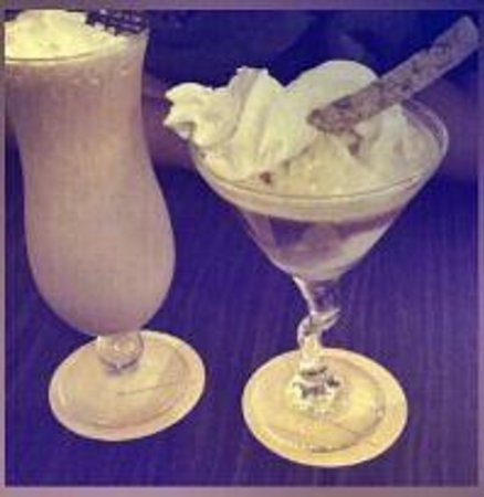 The Coffee Connoisseur : Frosty Bailey's and Bailey's Alluregatto @ Peranakan Place boutique