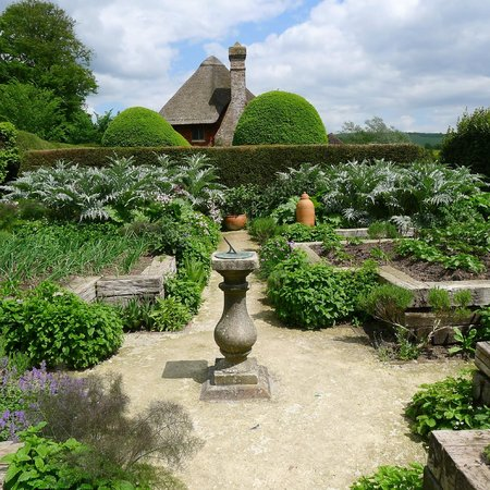 Alfriston Clergy House: Vegetable garden