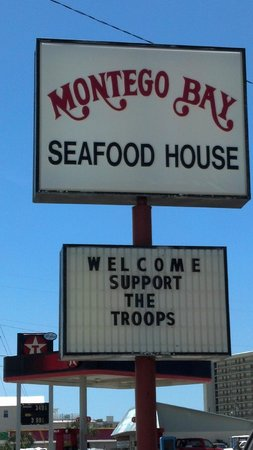 Montego Bay Seafood House: NO DISCOUNT! How do they support the troops?