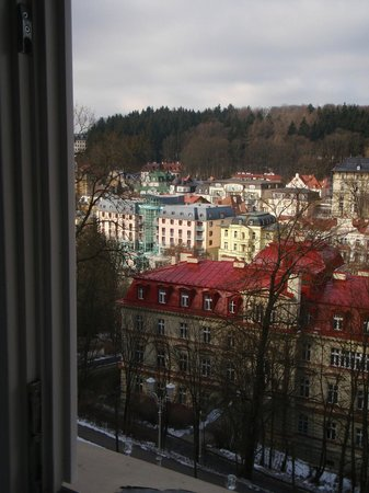 Spa Hotel Vltava: Вид из номера на отель Кристалл Палас