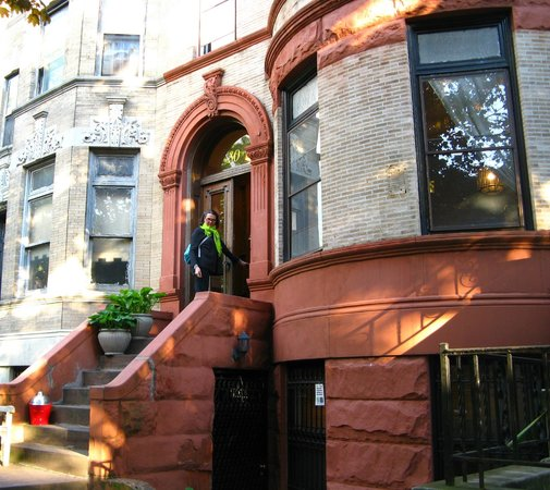 Lefferts Manor Bed & Breakfast: A beautiful Brooklyn brownstone building.