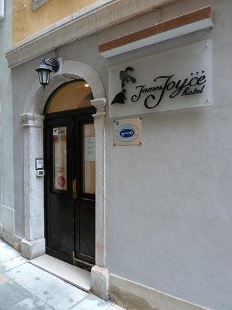 Hotel James Joyce: ingresso hotel
