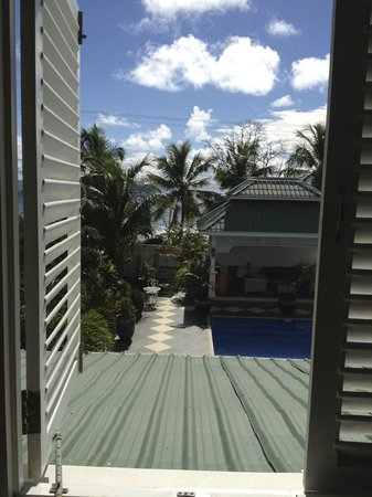 Le Bonheur Villa: View of the ocean from room