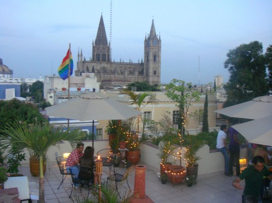 La Perla Hotel Boutique B&B: View of Expiatorio Church from Terrace
