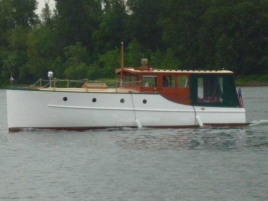 Dreamboat Cruises Tours: The Ananda, she's a beauty!