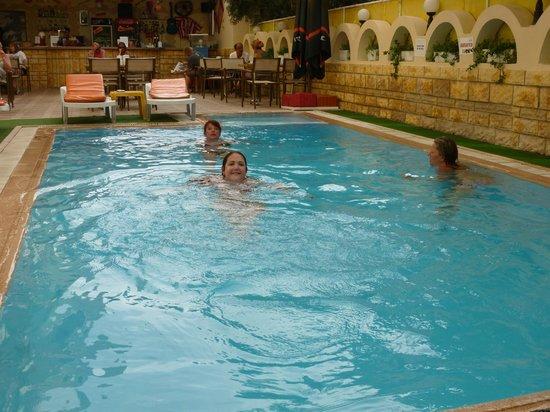 Sun Maris City Hotel: the pool