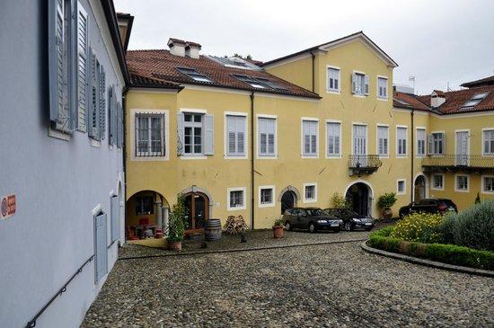 Grand Hotel Entourage - Palazzo Strassoldo: Innenhof des Palazzo Strassoldo