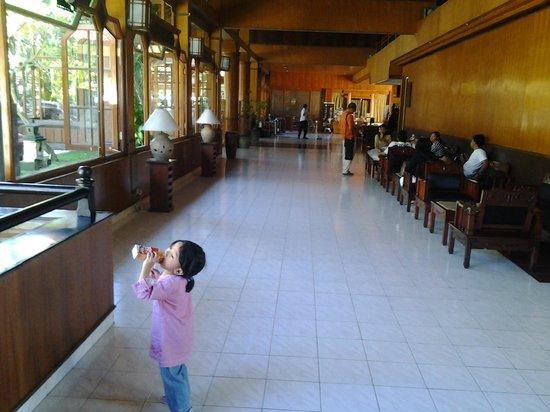 Grand Istana Rama Hotel Bali: lobby