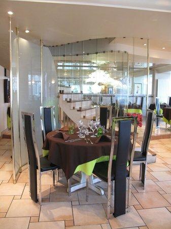 Le fil du temps : Salle restaurant