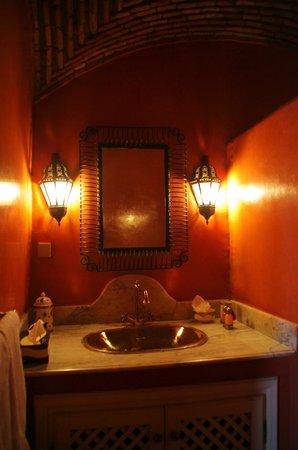 Riad Agdid: salle de bain