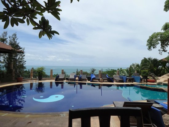 Chaweng Bay View Resort: pool