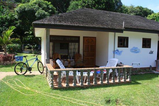 Calou Guest House Hotel : Die linke Hälfte des Bungalows