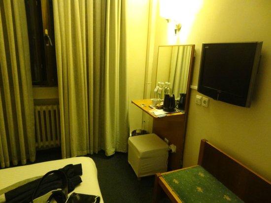 Hotel Ilkay: habitación