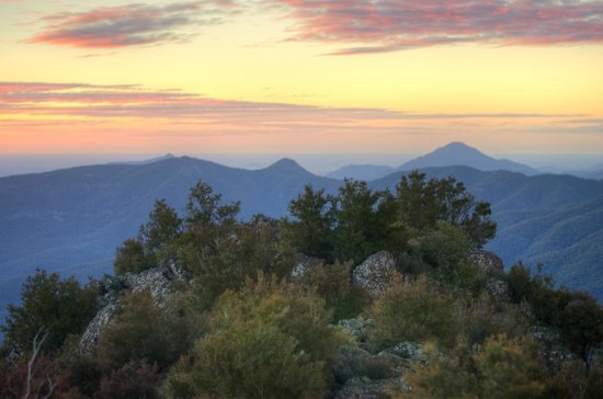 Mt Kaputar National Park : Sunset from the summit of Mt. Kaputar