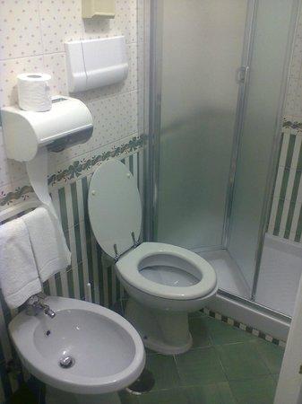 Hotel 7 Bello: bagno