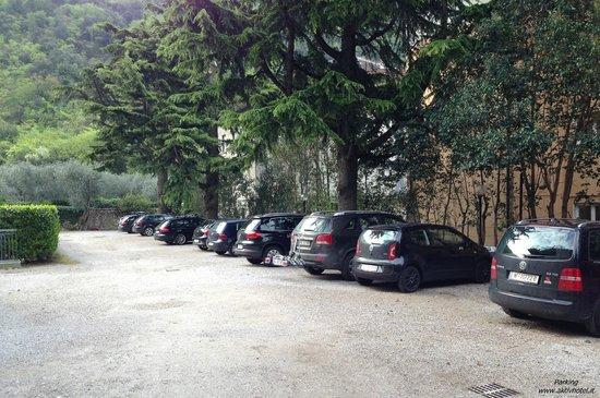 Aktivhotel Santalucia : Parking