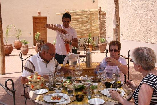 Riad Sougtani: un déjeuner d'été