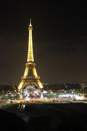 Victoria Hotel: Великолепная Эйфелева Башня!