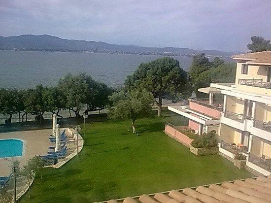 Negroponte Resort Eretria: ΘΕΑ ΑΠΟ ΤΑ ΔΩΜΑΤΙΑ ΣΤΗΝ ΠΑΡΑΛΙΑ !!!!!!!!