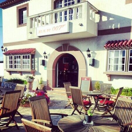 Bar 007 : terrace