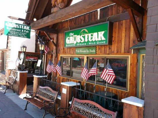 The Grubsteak Restaurant : Entrance