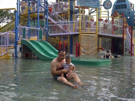 Waterbom Jakarta: Kids pool area