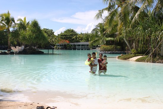 Plantation Bay Resort And Spa: Picturesque Resort Lay-out