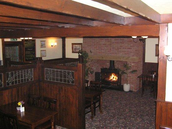 Cross House Inn: Restaurant