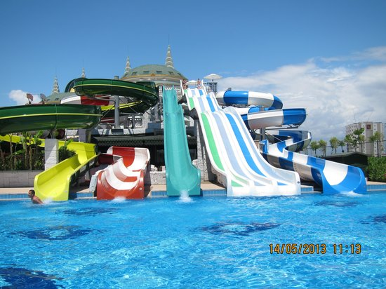 Delphin Imperial Hotel Lara : Slides
