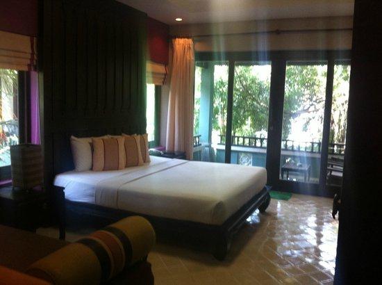 Chaweng Garden Beach Resort: Bedroom