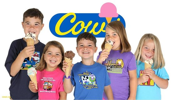 Cows Creamery : Kids in COWS shirts with Ice Cream!