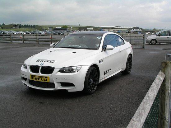 Thruxton Motorsport Centre: Tiffs BMW