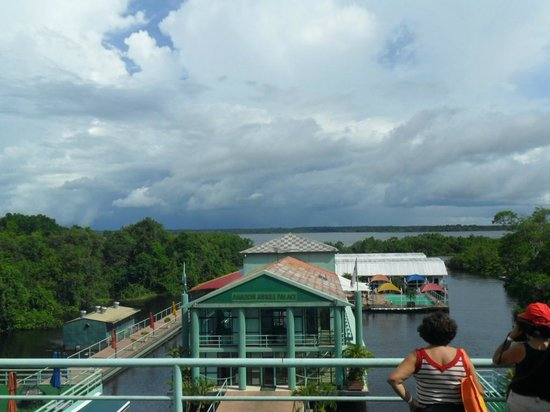 Amazon Jungle Palace: Vista do hotel