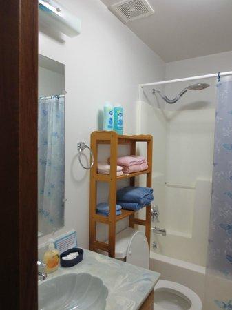 San-Suz Ed RV Park & Campground : bathroom