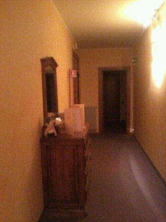 """Hotel Ristorante Cima: piccoli dettagli """"cozy"""""""