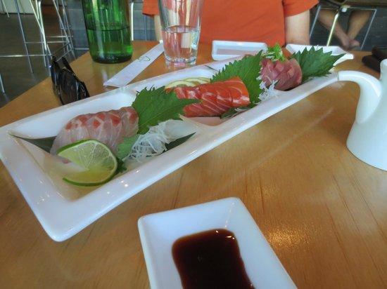 Sudachi: Sashimi platter